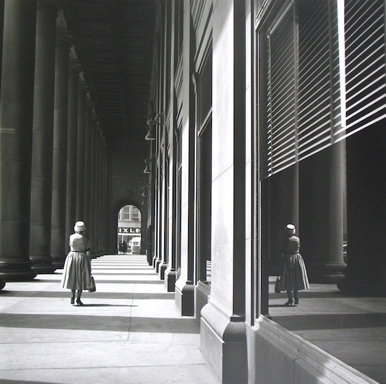 Sin título Chicago IL. S. F.©Vivian Maier Maloof Collection Courtesy Howard Greenberg Gallery New York 550 Vivian Maier: Una revelación fotográfica (1926 2009)