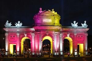 Iluminación navideña en la Puerta de Alcalá
