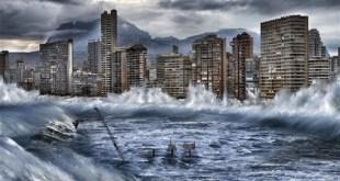 Greenpeace muestra en una simulación fotográfica los posibles efectos extremos del cambio climático y del deshielo del ártico en España. En la imagen, Benidorm, afectada por la subida del nivel del mar por el deshielo del Ártico. Pedro Armestre y Mario Gómez / Greenpeace