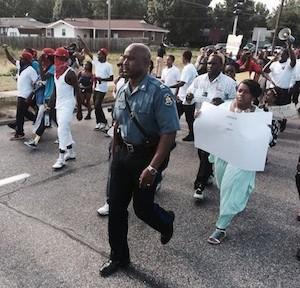 policia-ferguson-protestas