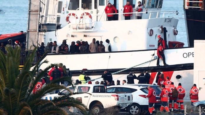 Desembarco en Algeciras de los migrantes recogidos por el Open Arms en el Mediterráneo. 28 12 2018