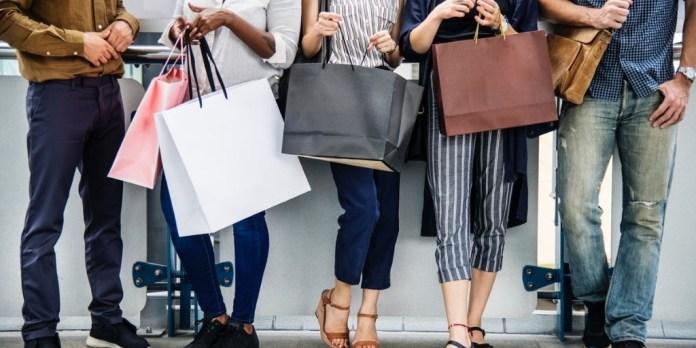 Changing Markets ropa de marca