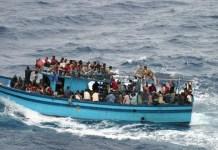 Migrantes navegando por el Mediterráneo, por UNHCR-L.Boldrini