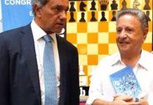 Daniel Sciolli junto al expresidente Duhalde