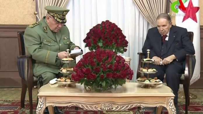 El Jefe del Estado Mayor argelino, Ahmed Gaïd Salah, ha dejado de ser el valedor del presidente Abdelaziz Bouteflika.