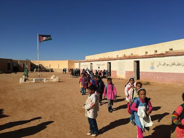Escolares en los campamentos de refugiados de Tinduf
