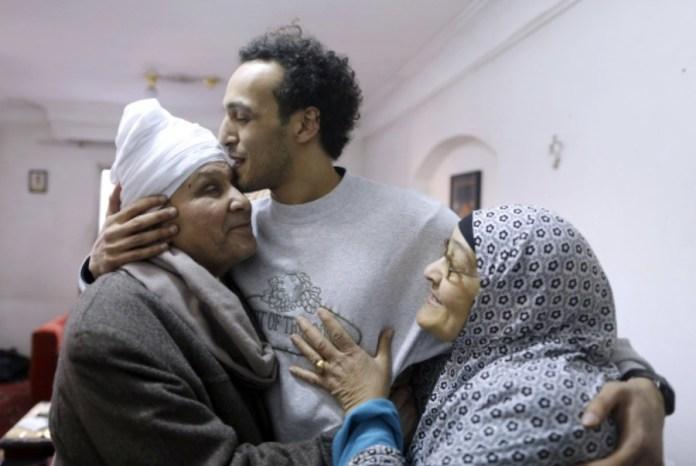 Shawkan libre con sus padres