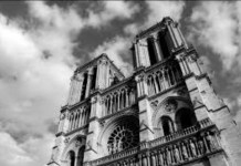 Notre Dame ByN