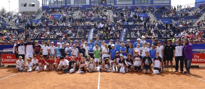 RCTB-1899: alumnos de la escuela de tenis