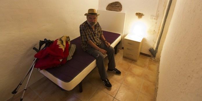 Refugio de la Fundación Arrels en Barcelona para personas sin hogar