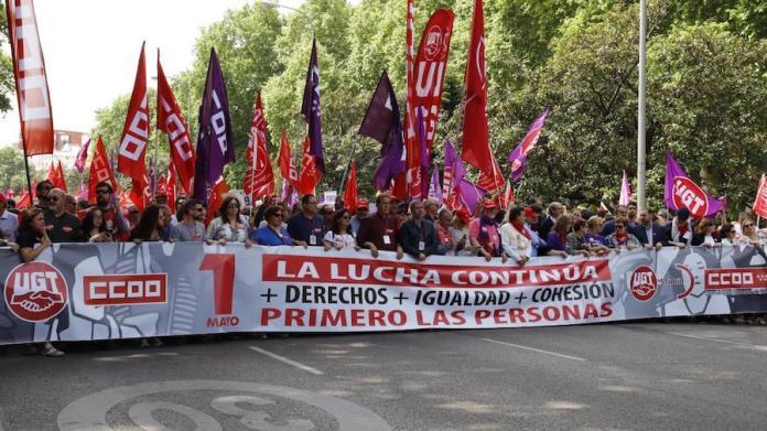 Cabeza de la manifestación en Madrid convocada por UGT y CCOO el 1 de mayo de 2019