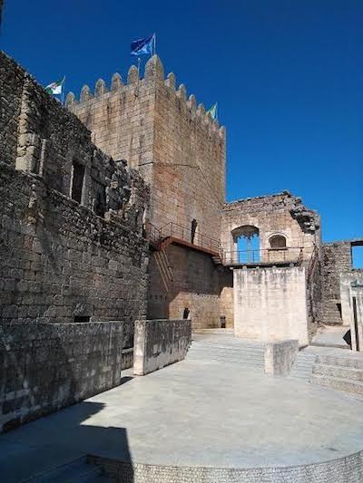 Belmonte, Portugal, patio del Castillo