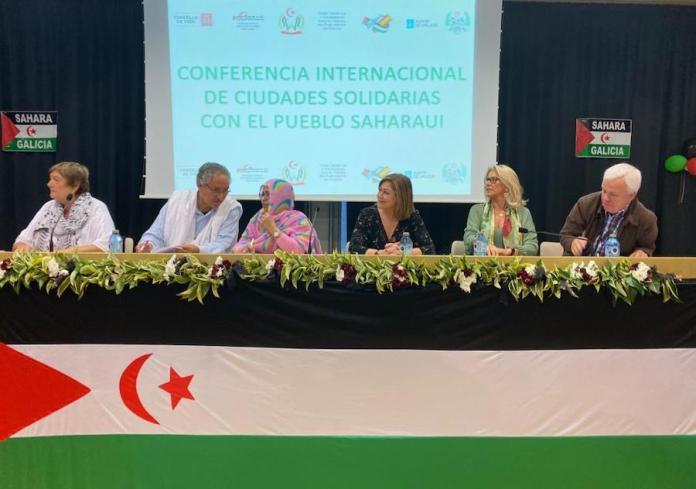 Mesa de la Conferencia Internacional de Ciudades Solidarias con el Sahara