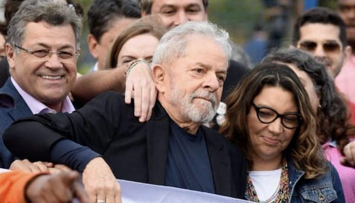 Lula abnadona prisión 20191108