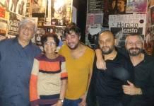 Pedro Ojesto,Teresa Fernández, Bandolero, Josemi Garzón y Mario Montoya después del concierto.