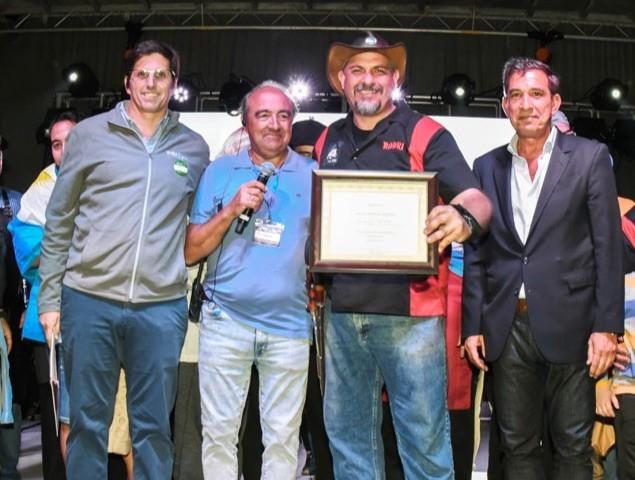 Norberto Filardi con Norberto Spagnaro y el Consul de Argentina