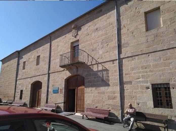 Fachada actual Residencia Ancianos, antiguo Palacio Marqueses de Alcañices