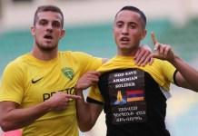 Vahan Bichakhchyan muestra su apoyo a Armenia tras marcar un gol