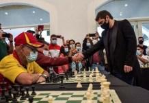 Lázaro Bruzón juega unas simultáneas en Miami