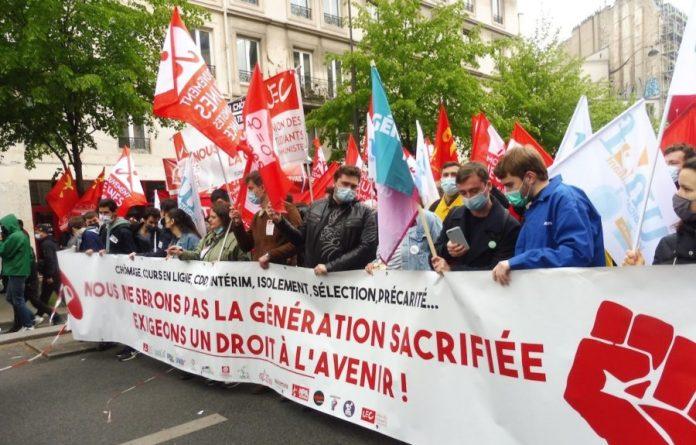 1MAY2021 Paris pancarta