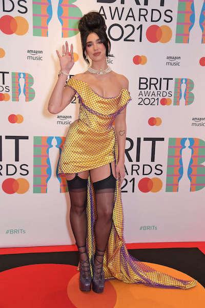 Dua Lipa en los Brit Awards 2021