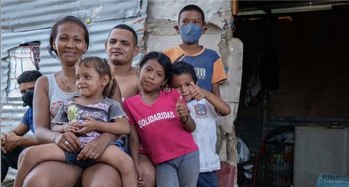 OPS Karen González Abril: Una familia de migrantes venezolanos en la Guajira, Colombia, durante la pandemia de COVID-19