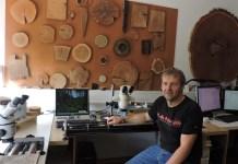 Fabien Langenegger en su Laboratorio de Laeténium