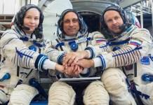 Miembros de la misión ISS-66. De izquierda a derecha: la actriz Yulia Peresild, el comandante Anton Shkaplerov y el director de cine Klim Shipenko. © Roscosmos