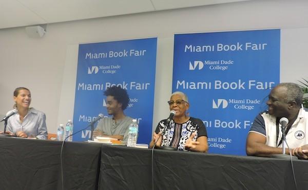 Mehdi Chalmers, Gerty Dambury y Serge Bile, moderados por Vanessa Selk