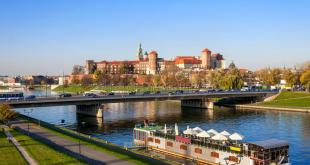 Cracovia, vista del Castillo sobre el río Vístula