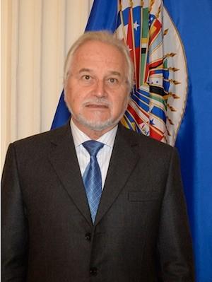 Francisco José Eguiguren Praeli