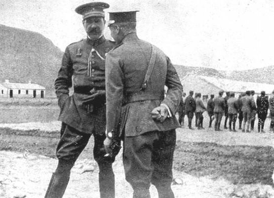 El general Silvestre con el coronel Manella en Segangan