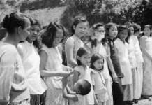 """Niñas chinas y malayas reclutadas por la fuerza en Penang por los militares para trabajar como """"mujeres de confort"""" para las tropas."""