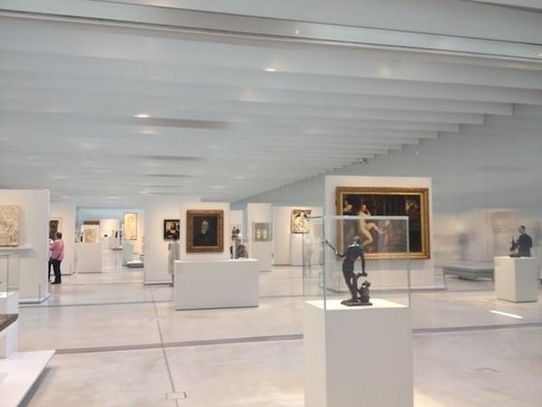 Louvre Lens galeria del tiempo