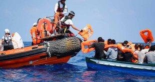 El Aquarius solicita un puerto seguro para desembarcar personas rescatadas en el Mediterráneo