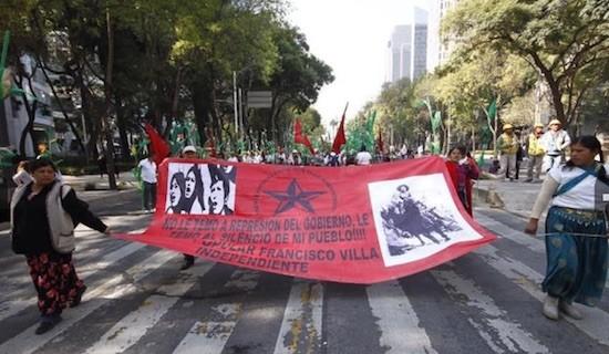 México: aparece asesinado el primero de los 43 estudiantes normalistas desaparecidos