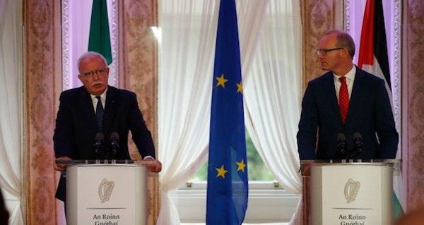 Riad al Maliki y Simon Coveney Dublin 2018