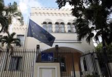Vista exterior en la capital de Cuba de la sede de la Delegación de la Unión Europea. Foto: Jorge Luis Baños / IPS.