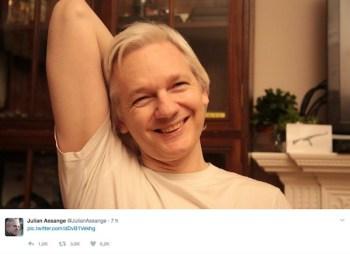 assange-sonrisa-libertad