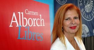 Carmen Alborch, la mujer de los labios rojos