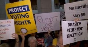 Protestas ciudadanas contra la mayoría republicana de Carolina del Norte