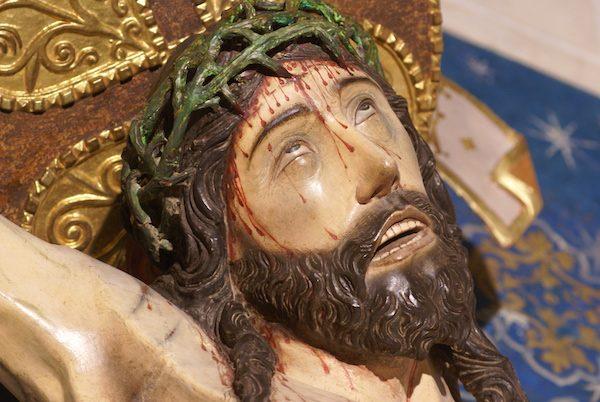 Cristo de las Angustias del Real Monasterio de Santo Tomás en Ávila, detalle de la corona de espinas