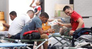 Cubanos en Ciudad Juárez, México. Foto, Arón Venegas