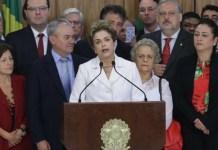 Dilma Rousseff comparece publicamente tras su destitución por el Senado