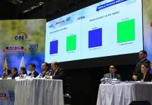 Culminación del proceso de reconteo electoral en el que se ratifica la victoria del binomio Moreno-Glas. Foto: Carlos Rodríguez / Andes.