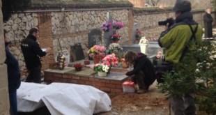 Inicio de los trabajos de exhumación de Timoteo Mendieta Alcala, enterrados en una fosa común en el cementerio de de Guadalajara. Foto ARMH