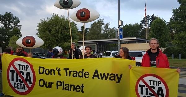 Greenpeace: movilización contra el TISA en Ginebra