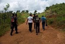 La gente de Honduras cruzan la frontera de manera irregular Guatemala. Amnistía Internacional / Encarni Pindado