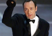 Kevin Space recoge Oscar