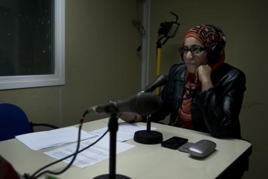 Locutora en la radio saharaui. Foto: Sergio R. Moreno/G3online